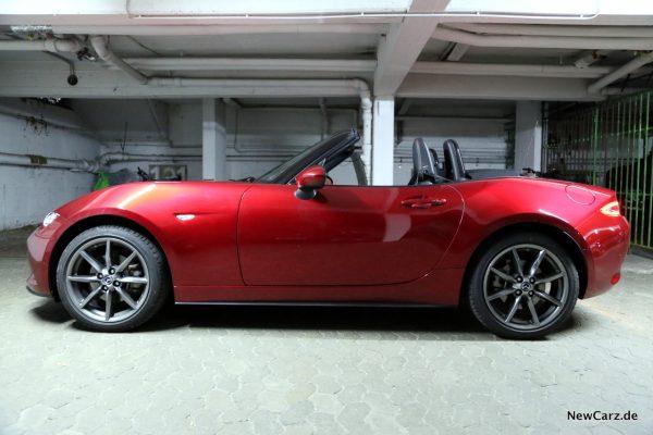 Mazda MX-5 Roadster Seite