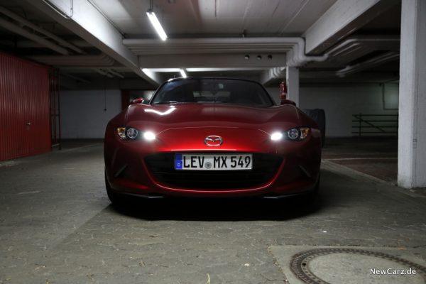 Mazda MX-5 Roadster Front