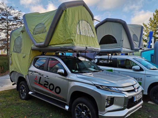 Mitsubishi L200 Dachzelt aufgebaut