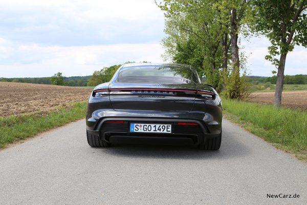 Porsche Taycan Turbo S Heck