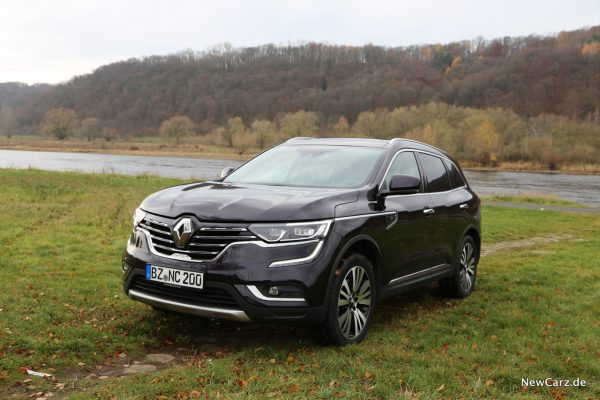 Renault Koleos Dauertest vor der Elbe