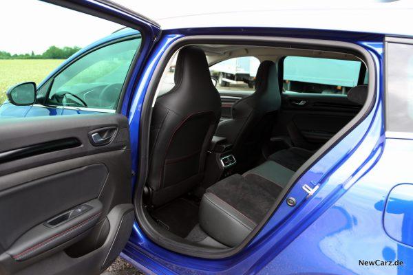 Renault Megane Grandtour E-Tech Plug-in 160 Fond