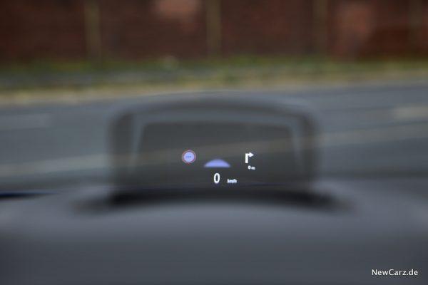 Renault Megane Grandtour E-Tech Plug-in 160 HUD