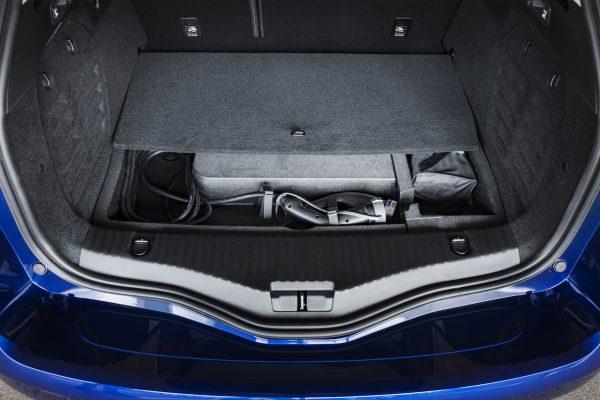 Renault Megane Grandtour E-Tech Plug-in 160 Kabel