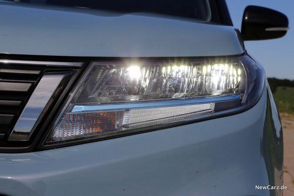 LED-Scheinwerfer Suzuki