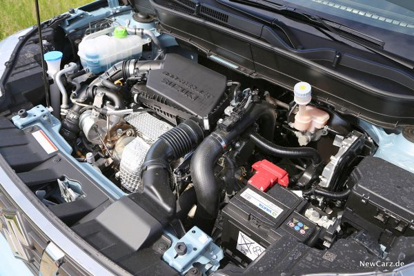 Motorraum Suzuki Vitara Hybrid