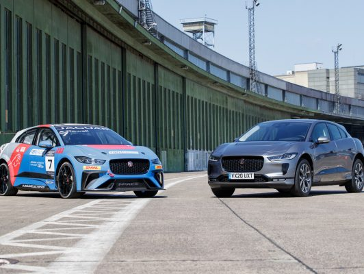 Jaguar I-PACE Rennversion und Straßenversion