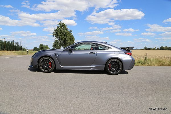 Lexus RC-F Track Edition Seite