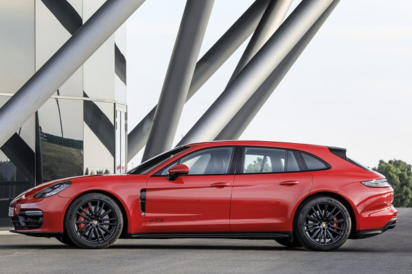Porsche Panamera GTS 2021
