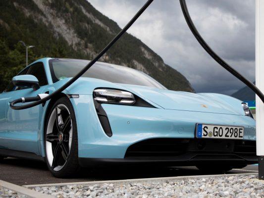 Porsche Taycan Ladevorgang