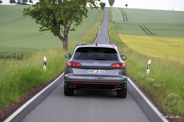 Volkswagen Touareg V8 TDI Heckansicht