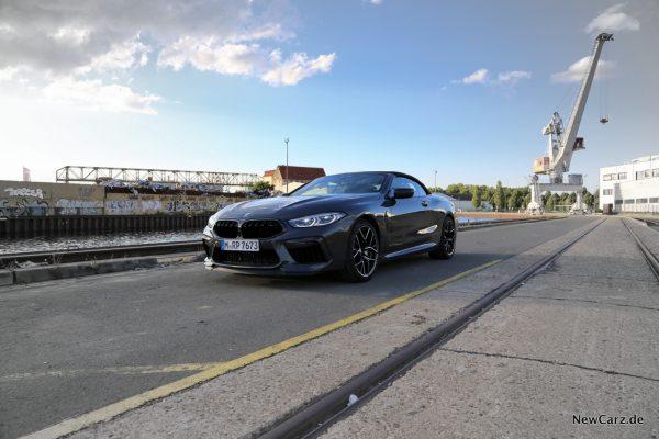 BMW M8 Competition Cabriolet geschlossenes Verdeck