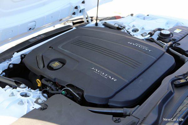 Motorraum Jaguar