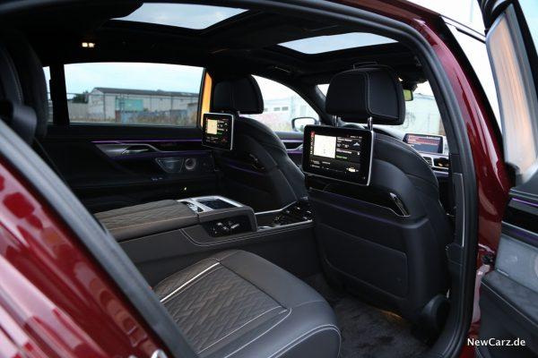 BMW M760Li xDrive Fond