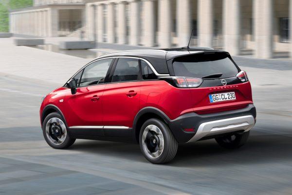 Opel Crossland schräg hinten links