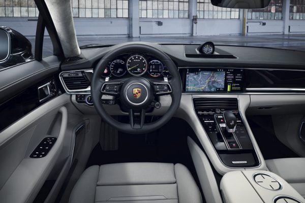Porsche Panamera Turbo S E-Hybrid 2021 innen