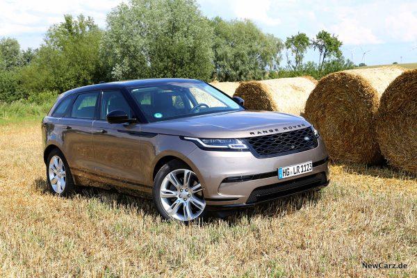 Range Rover Velar D300 schräg vorne rechts
