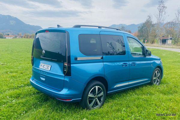 VW Caddy 2020 schräg hinten rechts