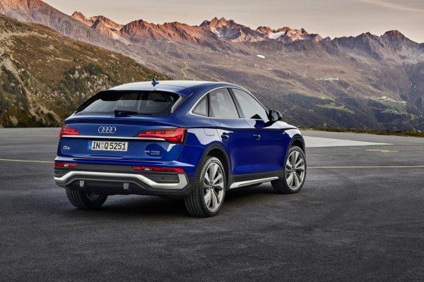 Audi Q5 Sportback schräg hinten rechts