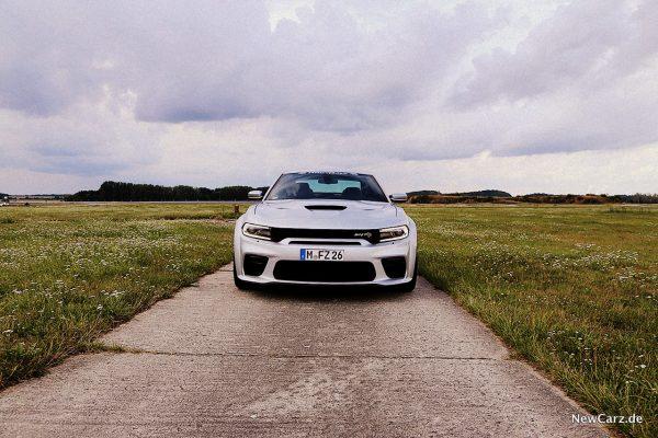 Dodge Charger SRT Hellcat Front