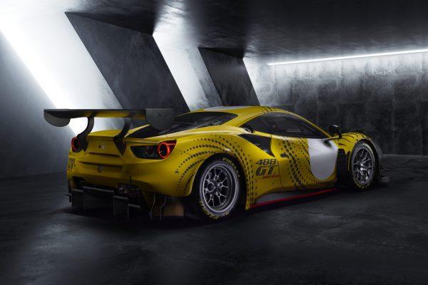 Ferrari 488 GT Modificata schräg hinten rechts