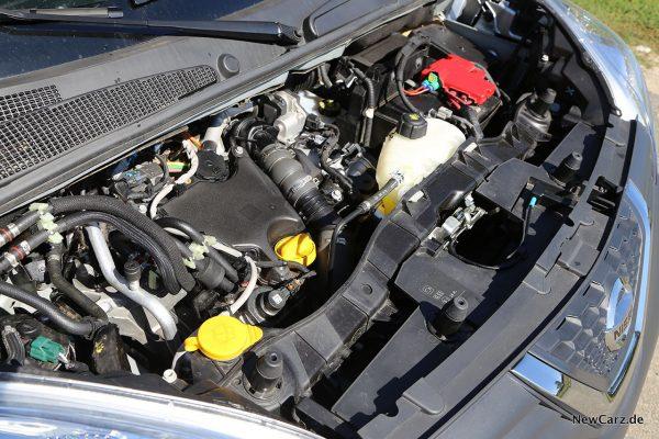Motorraum dCi 95
