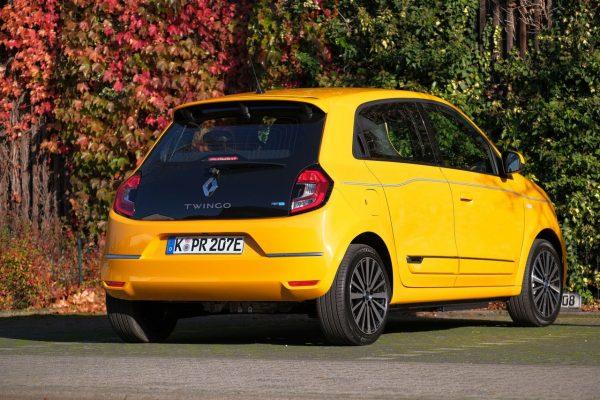 Renault Twingo Electric schräg hinten