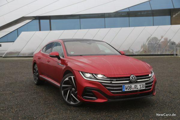 VW Arteon Facelift schräg vorn rechts