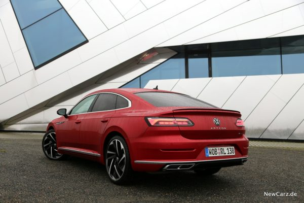VW Arteon Facelift schräg hinten links