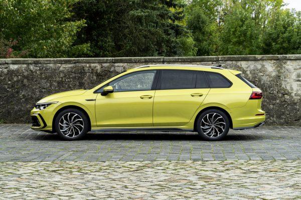 VW Golf 8 Variant Seite