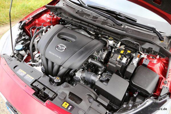 Motorraum Mazda2