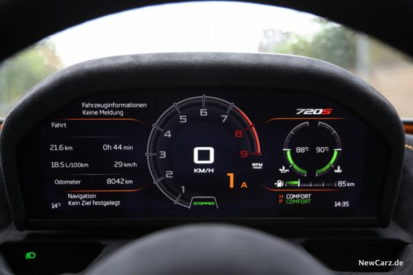 McLaren 720S Tacho