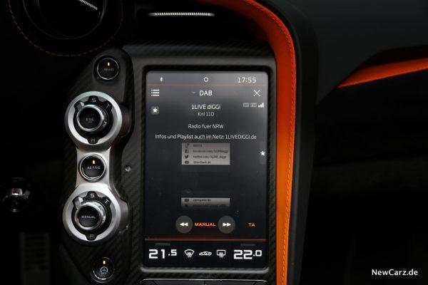 McLaren 720S Infotainment