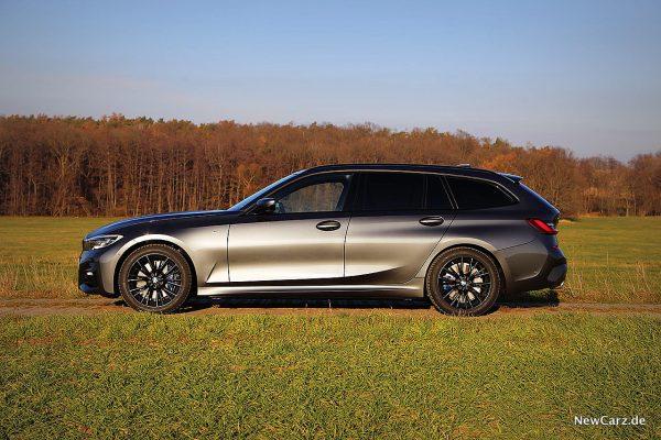 BMW 330d xDrive Touring Seite