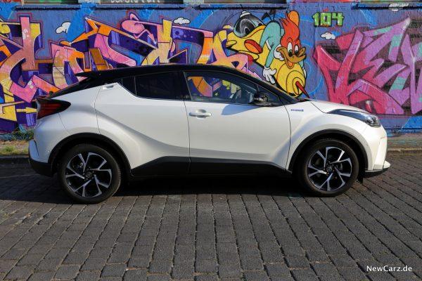 Toyota C-HR Facelift Seite