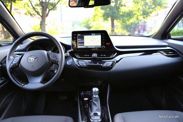 Toyota C-HR Facelift Innenraum