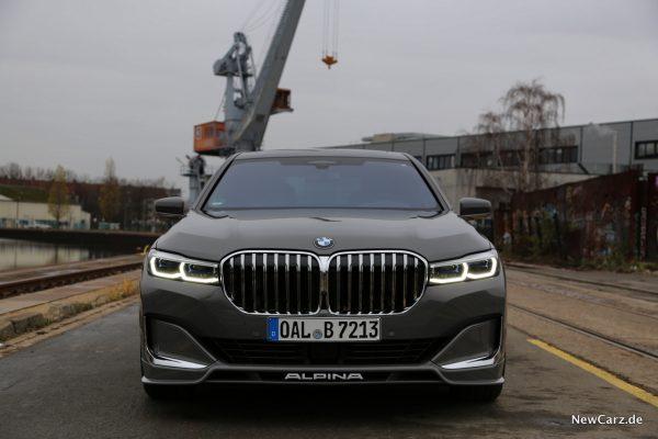 BMW Alpina B7 Front