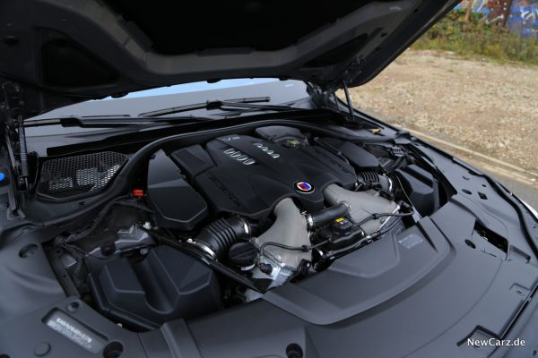 BMW Alpina B7 Motor