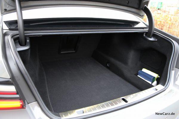 BMW Alpina B7 Kofferraum
