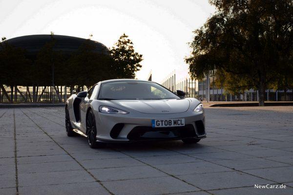 McLaren GT Front