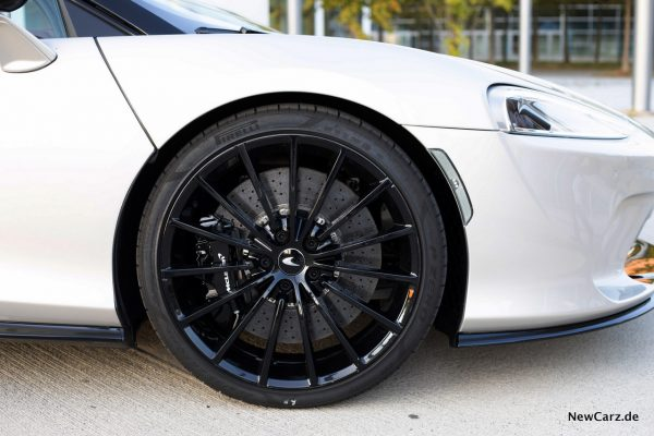 McLaren GT Carbon Keramik Bremsen