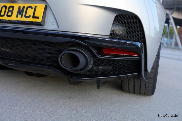 McLaren GT Auspuff