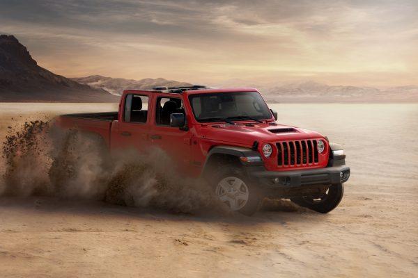 Jeep Gladiator in Desert
