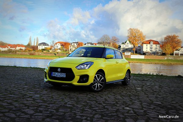 Suzuki Swift Sport Hybrid schräg vorn links