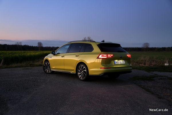 VW Golf 8 Variant Sunset