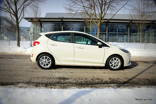 Ford Fiesta Hybrid Seite