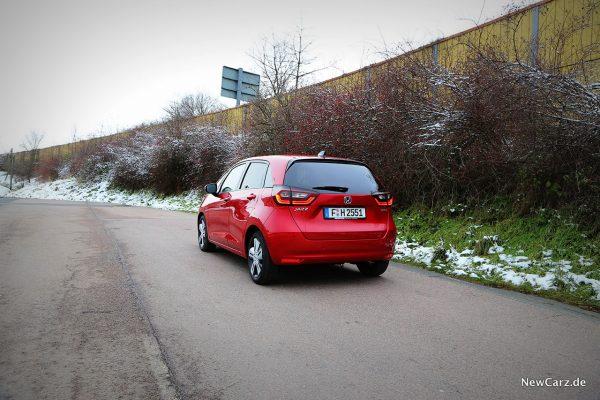 Honda Jazz Hybrid schräg hinten links