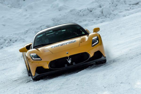 Maserati MC20 on Ice