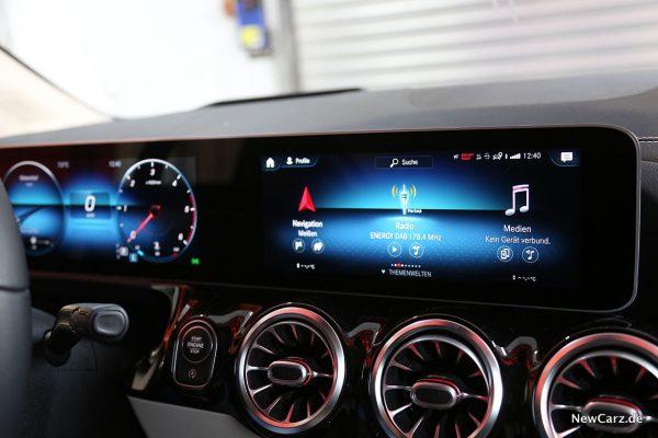 MBUX Bildschirme