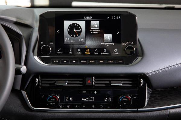 Nissan Qashqai 2021 Zentralbildschirm